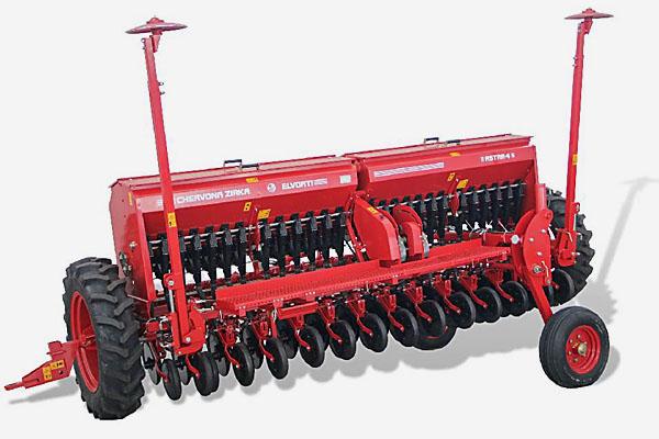 Сеялка ASTRA 4 зерновая (вариатор, сошник ОЗШ 00.4130-Т, пальцевый загортач, сигнализация)(Объем бункера:  для зерна – 830 дм3, для туков – 400 дм3)