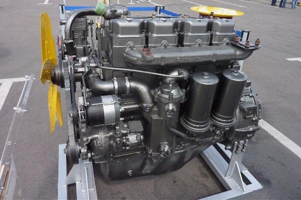 Двигатель на трактор ДТ-75