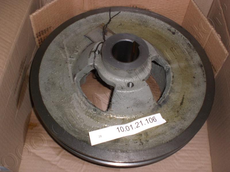 Шкив отбойного битера привода выгрузного шнека 3-х ручьевой (ручьи переменного диаметра) Дон-1500А/Б