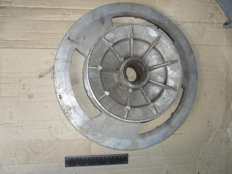 Шкив 2-х ручьевой заднего контрпривода (на вентилятор и соломотряс) Дон-1500А