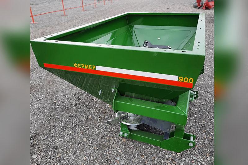 Разбрасыватель минеральных удобрений навесной РМУ «Фермер 900» (обновленная версия РМУ 950) гидравлика, без кард/вал без чехла Фермер 900 л 16-20 м