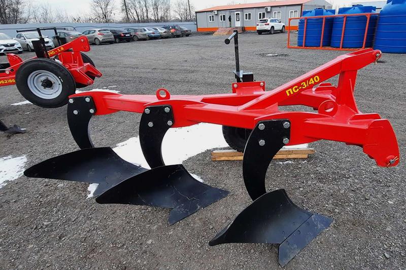 Плуг скоростной лемешный ПС-3/40 ширина 1,2м, мощность 40-90 л.с. с отвалами как у ПЛН