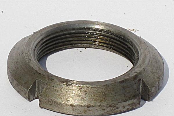 Гайка М 39х1,5 на аппарат режущий (кругл.щлиц.)