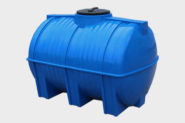 Емкость горизонтальная пластиковая 1000л (2-х слойная); Д/Ш/В: 1480х1020х1050; Люк: 350мм. «GOR 1000 bluе»