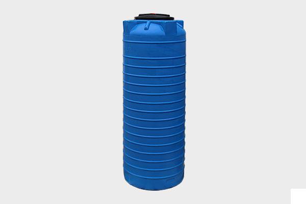 Вертикальная емкость 1 600л. d/В 1090×1880мм.; Люк: 350мм. «VERT 1600 bluе»