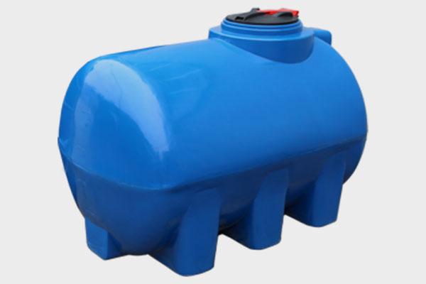 Емкость горизонтальная пластиковая 2000л (2-х слойная); Д/Ш/В: 1850х1280х1310; Люк: 450мм. «GOR 2000 bluе»