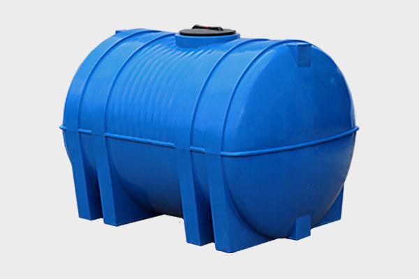Емкость горизонтальная пластиковая 5000л; Д/Ш/В: 2350х1730х1720; Люк: 450мм. «Емкость GOR 5000 bluе»