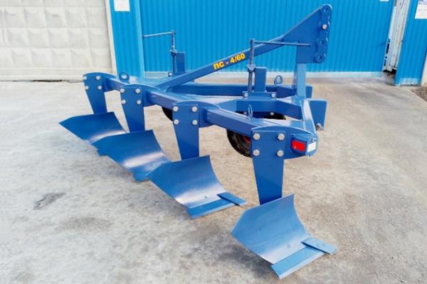 Плуг скоростной лемешный ПС-4/60 (ширина 2,4 м, мощность 130-180 л.с.) вне борозды