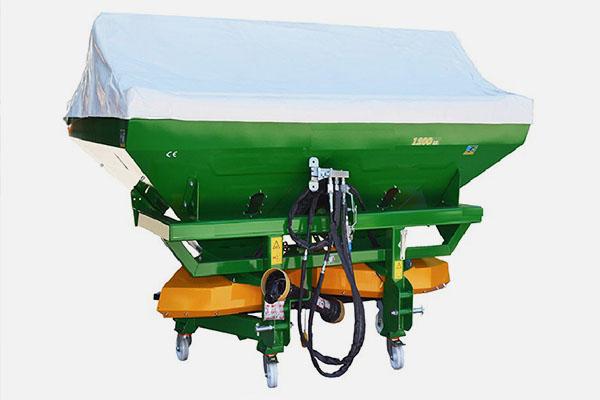 Разбрасыватель минеральных удобрений навесной 1200 л. 18-24 м. РМУ «Профи 1200» разведенная гидравлика, карданный вал, тент, нерж. диски