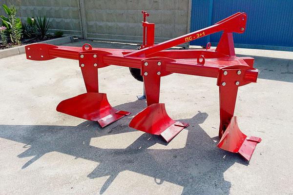 Плуг скоростной ПС-3+1 три корпуса ширина 1,5м, мощность 90-120 л.с. вне борозды