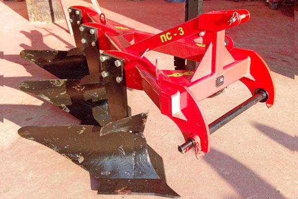Плуг скоростной ПС-3/40 (три корпуса) (ширина 1,2 м, мощность 40-90 л.с.) вне борозды лемешный