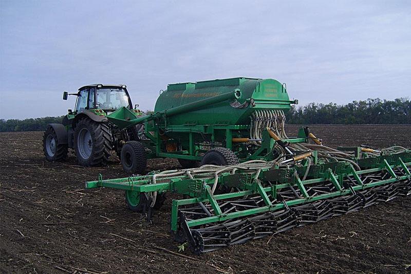 Зерновой комплекс СЗБ-9 для сплошного, безрядкового посева зерновых, зернобобовых и крупяных культур (ширина захвата 9м)