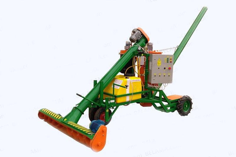 Протравливатель зерна ПСК-15 с системой аспирации. Самоходный, автоматический, емкость 210л, система аспирации, высота выгрузки дл 3,6 метра, до 20 т/ч.