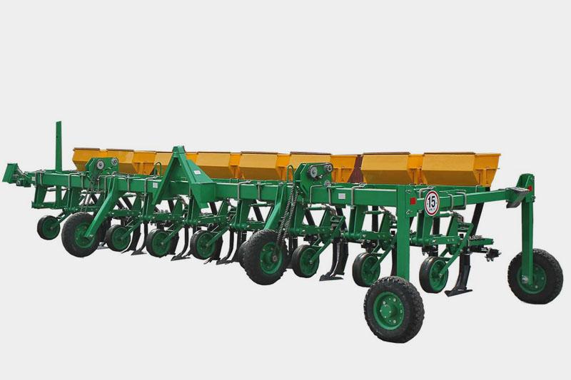 Культиватор КПМ-5,6Т-01 с системой жидких удобрений с транспортным устройством