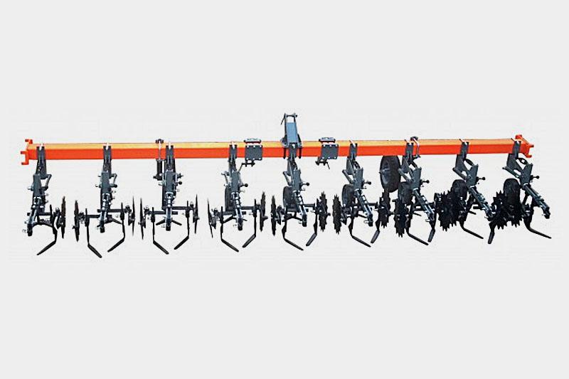 Культиватор-растениепитатель КРК-5,6 (8х70) с ЖКУ с S-образной стойкой