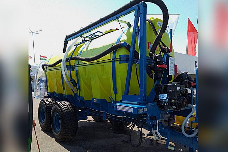 Машина для приготовления, транспортировки и заправки опрыскивателей ТОПАЗ-10С
