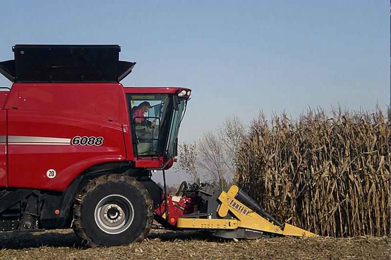 Жатка кукурузная Fantini LH4 12-и рядная жатка со складной рамой с редукторным приводом и боковым расположением измельчителя